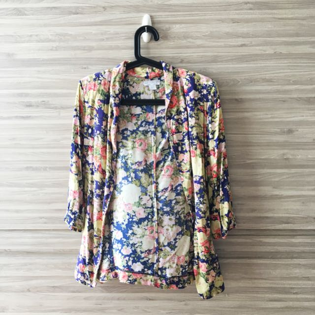 PL Cotton On Floral Outerwear