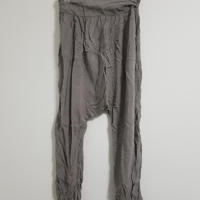 FREE WITH PURCHASE Poop Catcher Pants