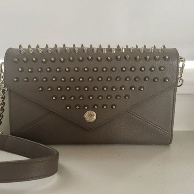 Rebecca Minkoff Studded Wallet On Chain - Grey
