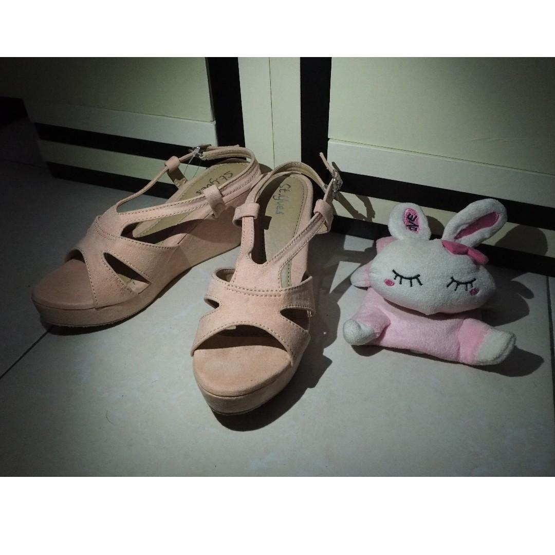St. Yves Peach Coral Wedges / Sepatu