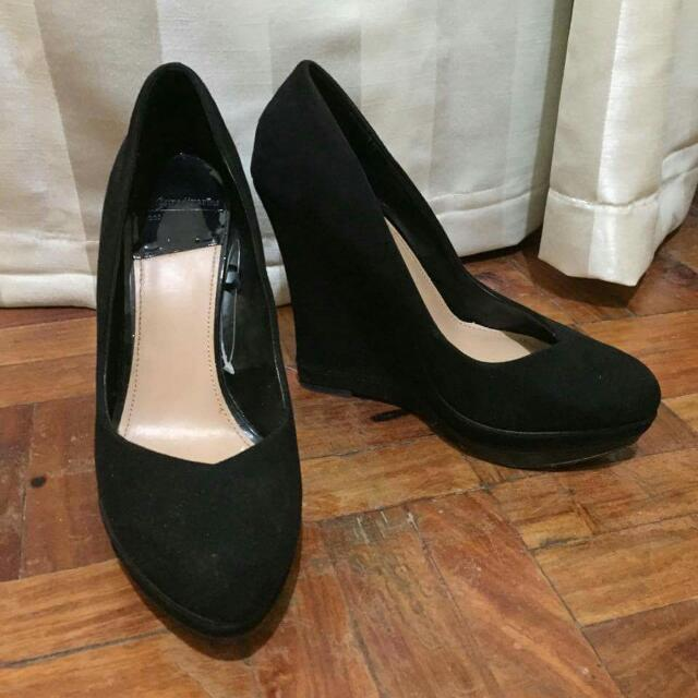 Stradivarius Black Wedge Heels