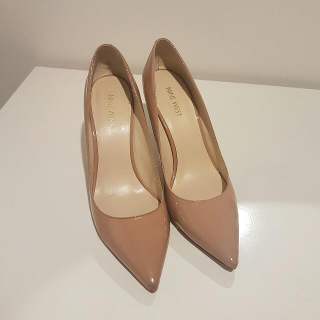 Stylish Nine West Nude Heels Sz 8.5