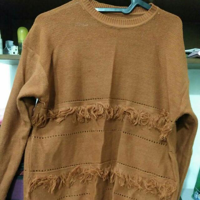 Sweater Tasel