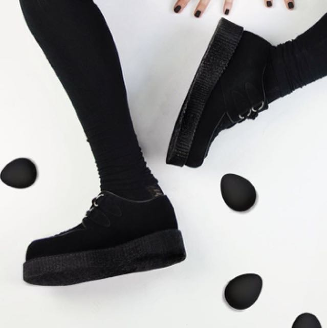 Underground 厚底鞋 黑 英國