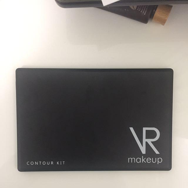 VR Make Up Contour Kit