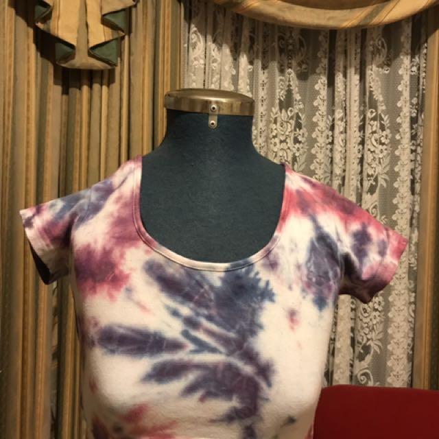 Women's tie dye crop tee shirt