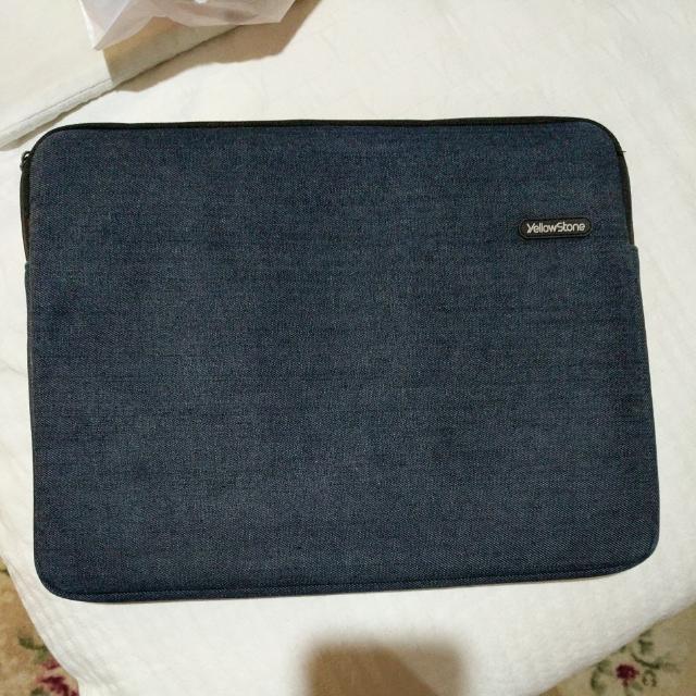 YellowStone 15 Inch Laptop Case