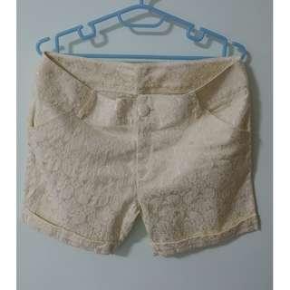 Lace printed shorts