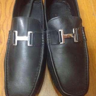 Hermes Pantofel