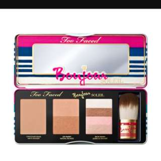 Too Faced Bonjour Bronzer