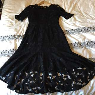 Alannah Hill size 10 Black Lace Fitted Dipped Hem Dress