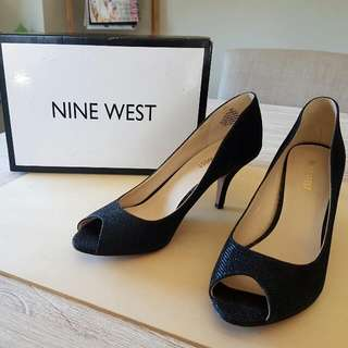 NINE WEST Peeptoe Pumps. Near New