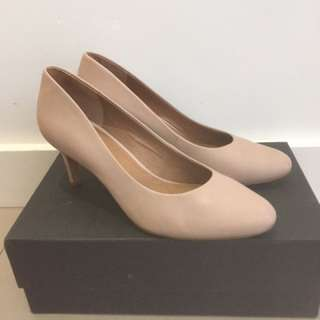 WITTNER shoes Pumps Heels Almond Leather Toe Nude Pink 38 7.5 8