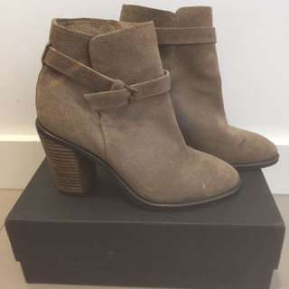 BUL leather Brown Boots Heels Suede Buckle Size 37 7