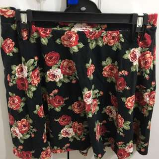 Small-Medium FOREVER21 Floral Skater Skirt