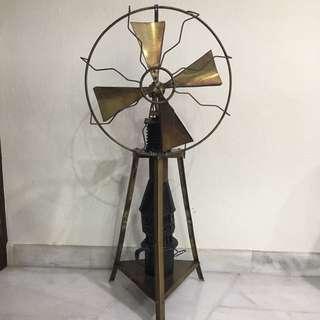 Antique (minyak api) Fan Over 100 Years