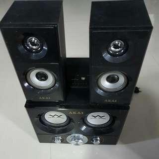 AKAI Speakers System