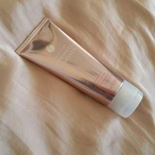 Victorias Secret Shimmery Body Lotion