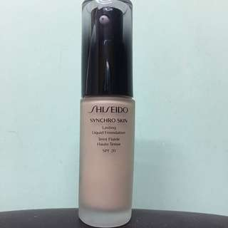 Shiseido Synchro Skin Lasting Liquid Foundation智能感應持久粉底