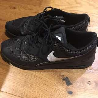 Nike Thea Size US 11