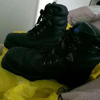 Men's Black Blundstone Steel Cap Boots