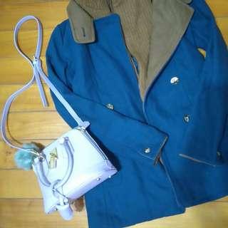 正韓貨 超溫暖大衣 風衣 撞色連帽外套 南瓜色毛衣內裡 軍藍色 金扣有質感 4折出清