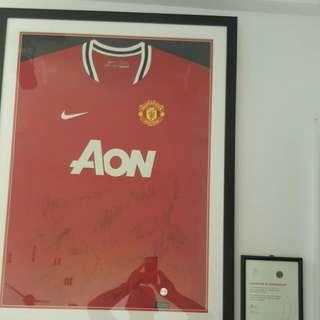 Die Hard Fans Man Utd Frame Jersey With Man Utd 1st Eleven Signatures