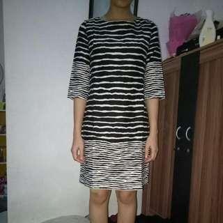 Dress Esprise