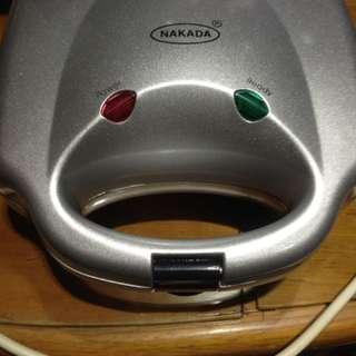 Nakada Toaster