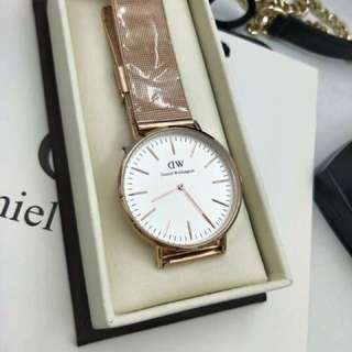 DANIEL WELLINGTON REPLICA
