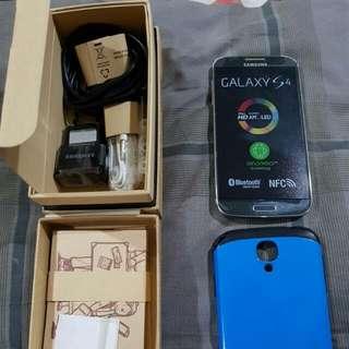 Samsung S4 (COD ONLY, BISA NEGO)