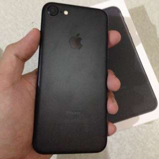iPhone 7 matte black 128gb for sale rush