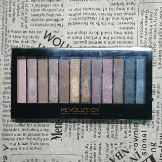 Makeup Revolution Iconic 1眼影盤
