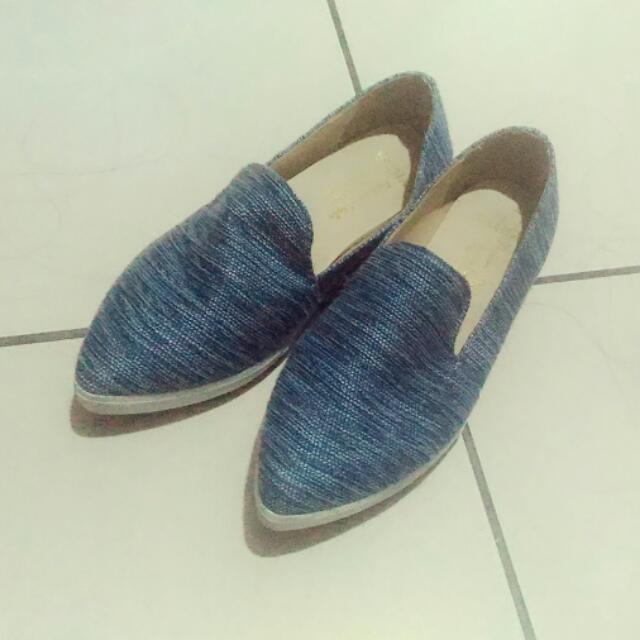 尖頭休閒鞋