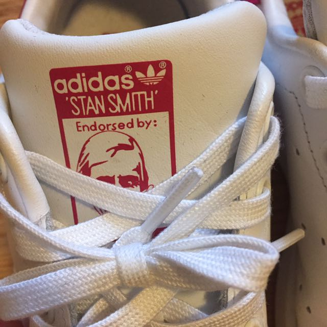 Adidas Stan Smith - Size 6 (hot pink)