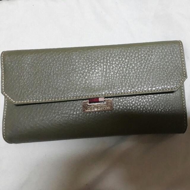Authentic Liz Claiborne Ladies Wallet - Long