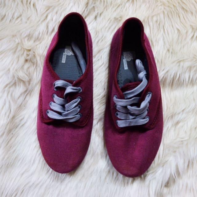 Bench Burgundy Sneakers