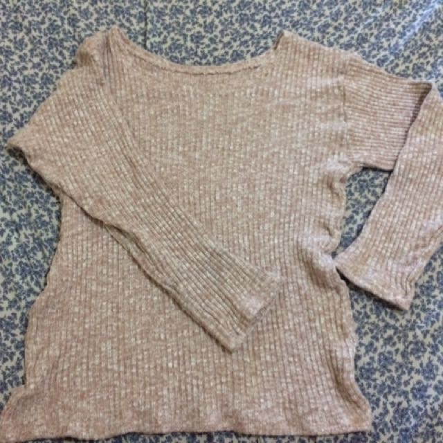 Brown knitted pullover