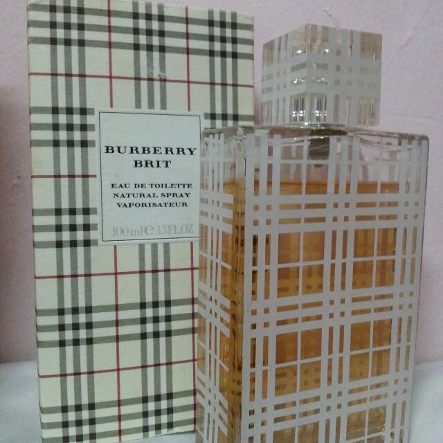 burberry brit  (female perfume)