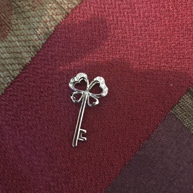Clover Key Pendant