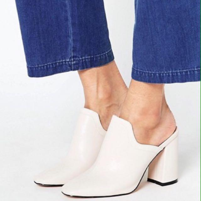 Cream Mules