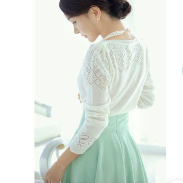 Elegant High-waisted A-line Midi Mint Skirt