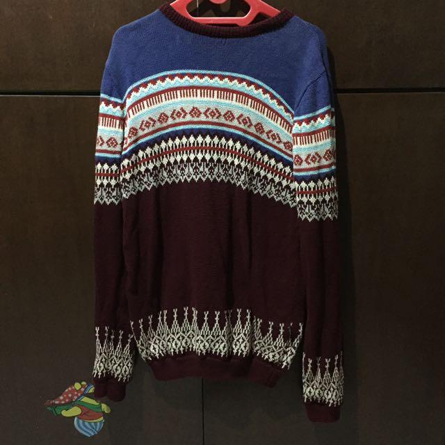 Kevas Sweater Rajut