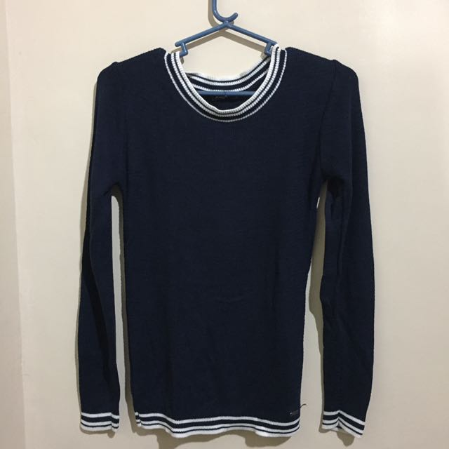 Knitted Navy Blue Pulliover