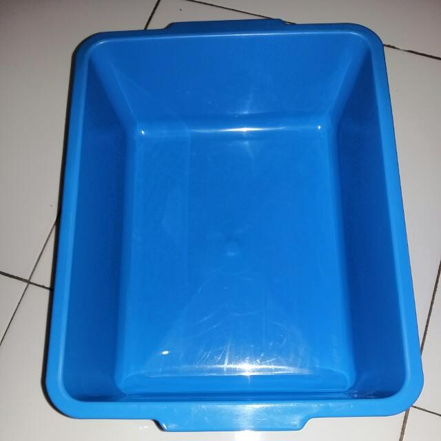 Litter Box (Blue)