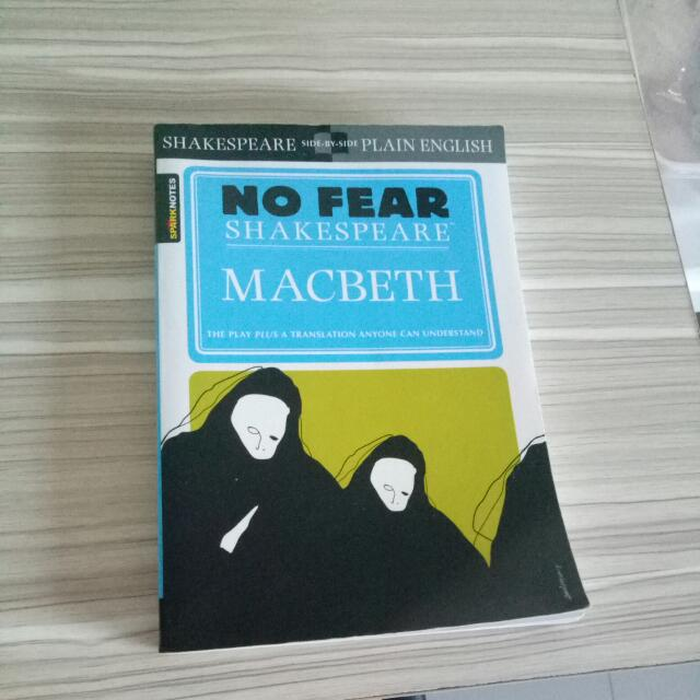 MACBETH: The play with an english translation