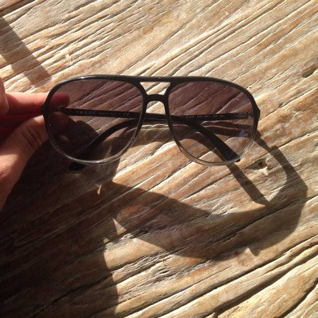 Prada Authentic Sunglasses- Send Me A Offer😊