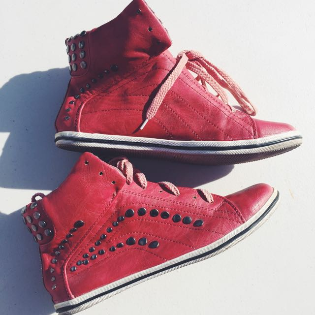 Red High tops Size 7-8