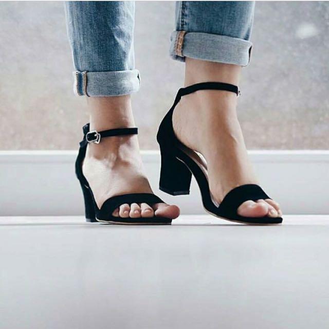 shoes black