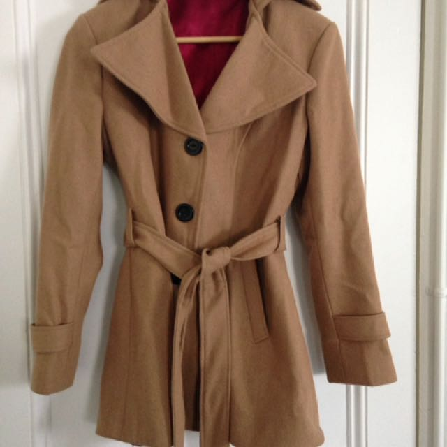 Coat Single Breasted Tan/Camel Size 10-12 Petite